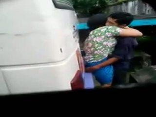 Myanmar spiegs kamera pāris