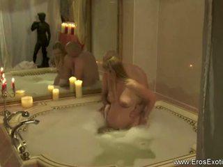 Erotic göwreli sikiş outside for lovers