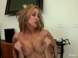 বড় dicks, বড় tits দপ্তরে, নতুন অফিস সবচেয়ে
