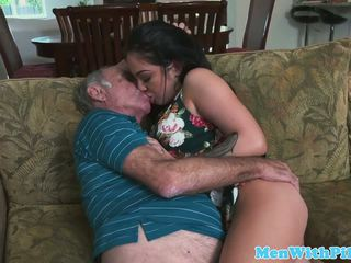 Porn aria rose rimming elderly mans röv: fria porr 48