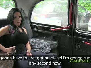 विशाल टिट्स dancer गड़बड़ में taxi