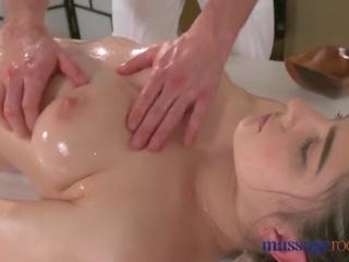 zeshkane, big boobs, kissing