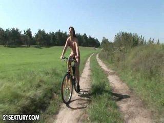 공공의 nudity!