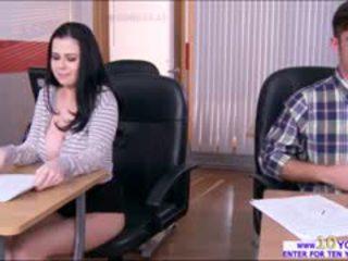 Μουνί και βυζιά exposed να cheat επί εξέταση