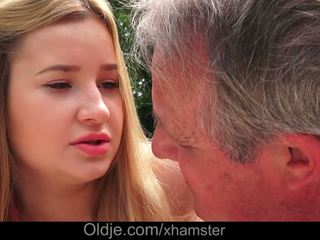Cherry bright delicious lips lets garry ata gutarmak in her göt