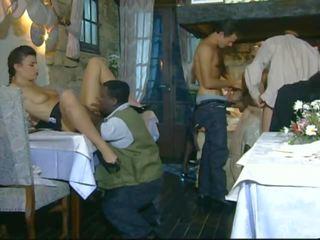 Francūzieši klasika: bezmaksas vintāža porno video 39