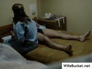 حقيقي ممرضة مارس الجنس في مخفي camera