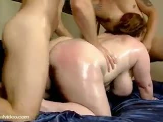 Slutty grăsuț milf seana rae fucks ei sons friends