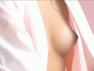 Iori mizukilovely ιαπωνικό μωρό gets ρώγες licked και πόζα