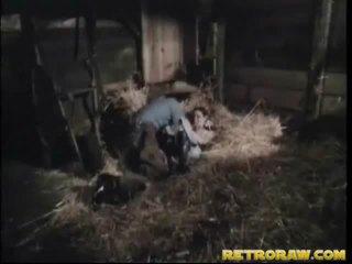 Retro bang sisäpuolella että mies stables