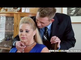 Brazzers - two guys és two menyecske