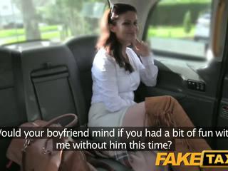 Fake taxi karstās minx returns par rupjības anāls