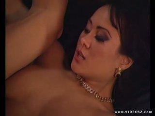 Asia carrera gets 一 流行的 射擊 上 她的 毛茸茸 的陰戶