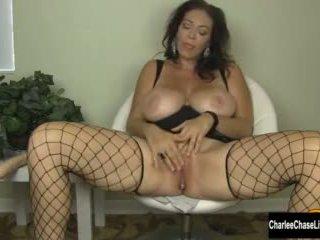 seksileluja, isot tissit, sormitus