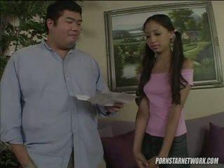 Alexis mīlestība knows viņai veids apkārt dzimumloceklis