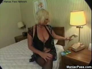 एनल मेच्यूर taking stiff cocks, फ्री ग्रॉनी पॉर्न वीडियो 86