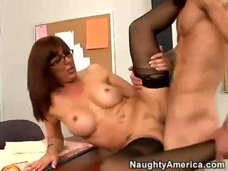 性感 蜂蜜 desi foxx likes getting shagged 上 她的 搶奪 直到 她 orgasms