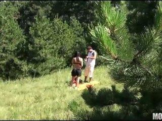 Quente jovem grávida putas screams com joy
