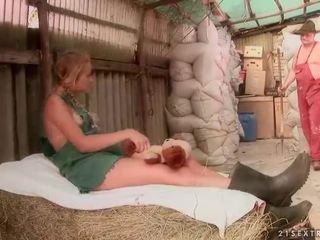 Old farmer fukanje vroče najstnice punca