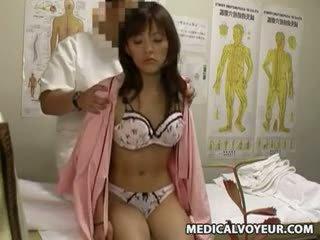 Spycam milf misused de medic 4