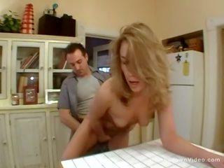 blondīnes, milfs, mazs krūtis