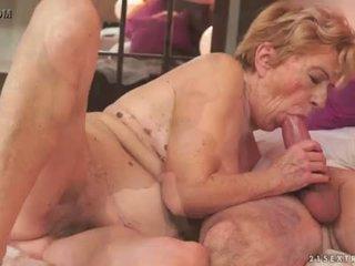 Kinky oud oma malya loves groot piemel <span class=duration>- 6 min</span>