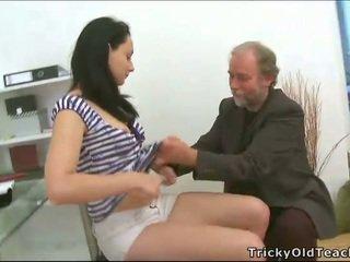 Trio sesso con insegnante