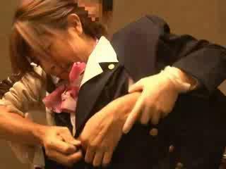 Udara hostess meraba oleh passenger