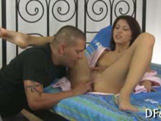 Amazing Virgin Screams With Pang