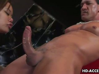 Kaiya lynn gets throatfucked da un grande dude