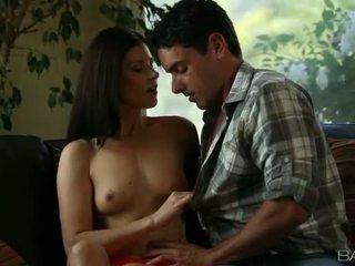moro brunette ny, beste hardcore sex hq, oral sex sjekk