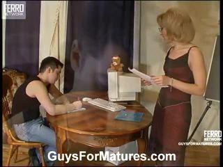 Kokoomateos mukaan guys varten kypsyy