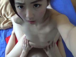Asyano maliit tinedyer masidhi fucked
