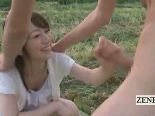 Subtitle apģērbta sievete kails vīrietis ārā japāna semen ranch handjob minēts
