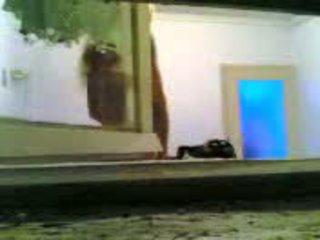 Orang greek presentator taken yang vid tanpa knowing ia video