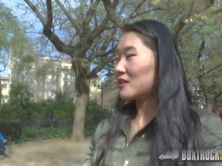 Karstās sicilia surprises tūrists katana ar publisks lesbiete
