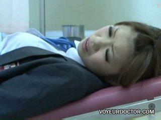 Voyeurcam usato a gynecologist 02