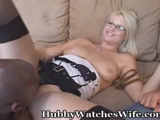 Hubby watches abielunaine koos mustanahaline täkk