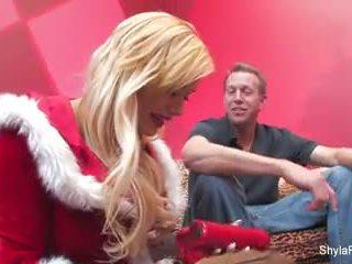 A merry ziemsvētki creampie ar shyla stylez