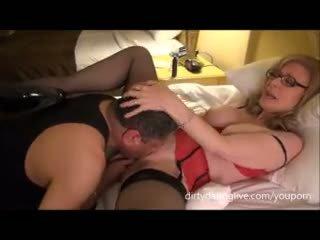 Nina hartley meets dapperdan في exxxotica uses له وجه إلى cuntlick lesson