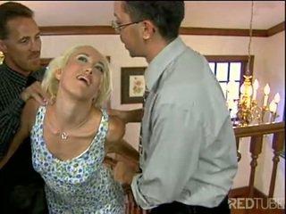 Alana evans gets 両方 サイド 精液 ショット