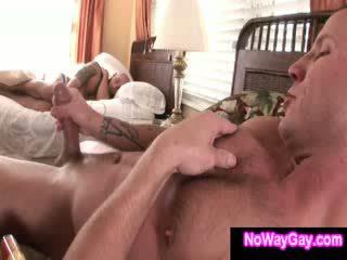 Đồng tính creeping roommate sucks hetro guy