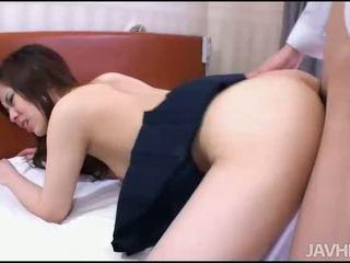 Men satisfy one hottie