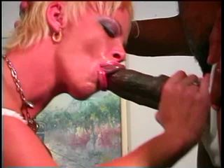 Rough-looking blonde uses vibrator on ...