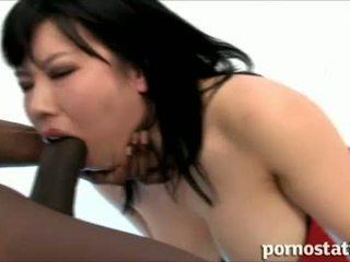 Porno static: asiatisk ludder babe loves kuk suging