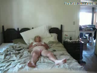 Giving mijn 53 years blondine vrouw an orgasme video-