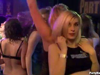 Γυμνός waiters welcomes να γαμώ