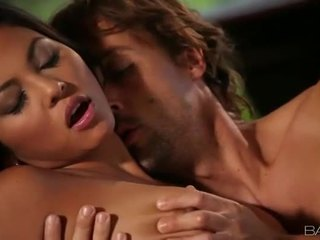 Barmfager asiatisk adrianna luna sucks n plowed