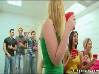 Totally bezmaksas koledža meitene sekss filma