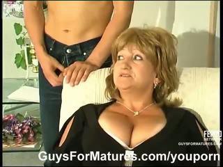 طبطب ناضج مارس الجنس بواسطة الآسيوية guy